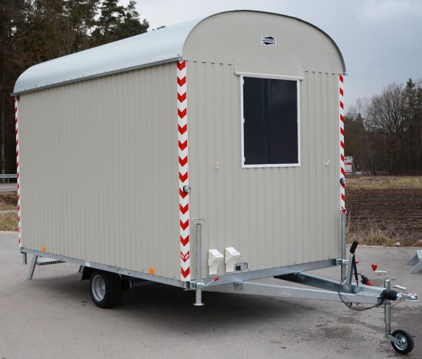 Bauwagen 80km/h mit kompletter Einrichtung -350cm/220cm/230cm- / 6 Mann