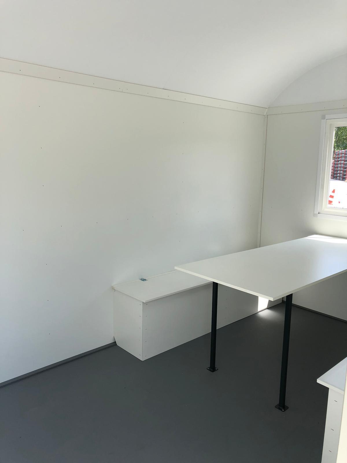 aufenthaltscontainer-Tisch