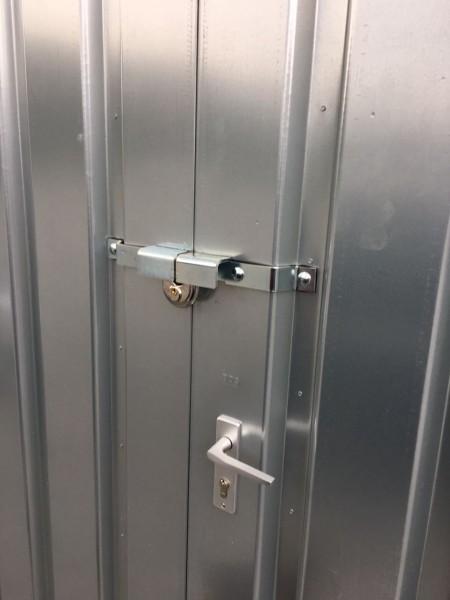 Container Einbruchsicherung - Einflügel Tür