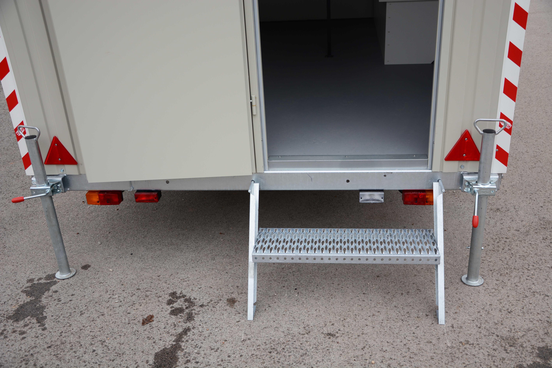 Treppe-Bauwagen